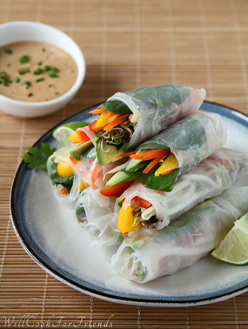 Healthy Spring Rolls with Peanut Dipping Sauce