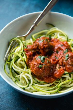 zoodles-with-vegan-lentil-meatballs
