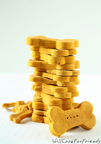 Pumpkin & Peanut Butter Dog Biscuits, 1/3