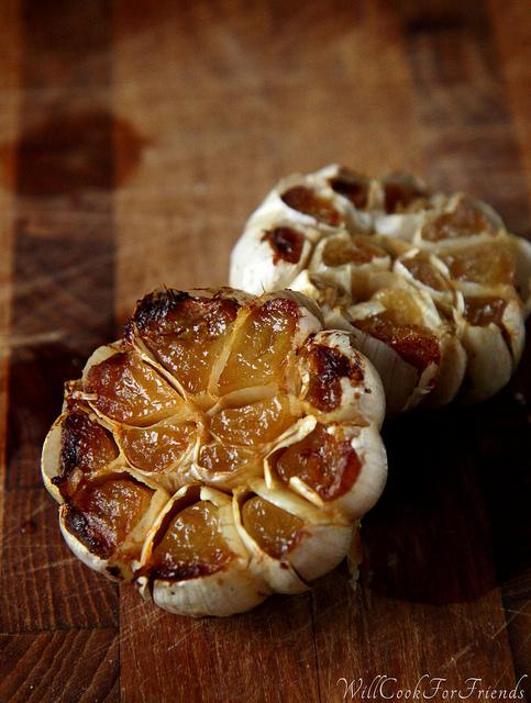 How To Roast Garlic - tutorial