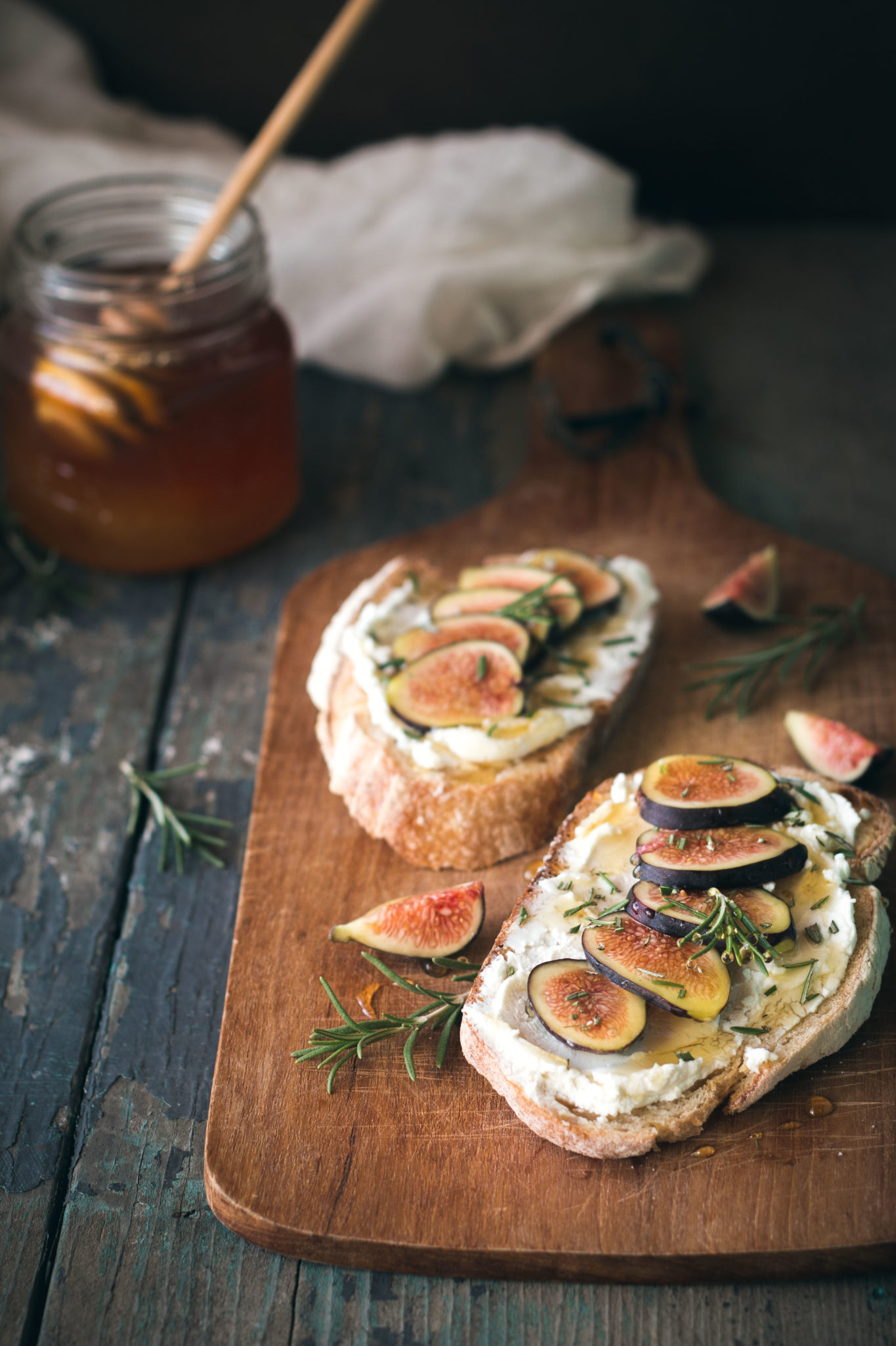 Fig, Rosemary, & Goat Cheese Tartines | Will Cook For Friends