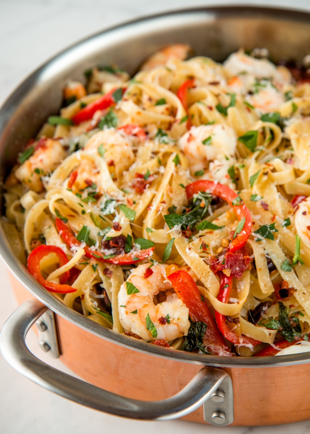Shrimp Fettuccine with Garlic and Sundried Tomatoes