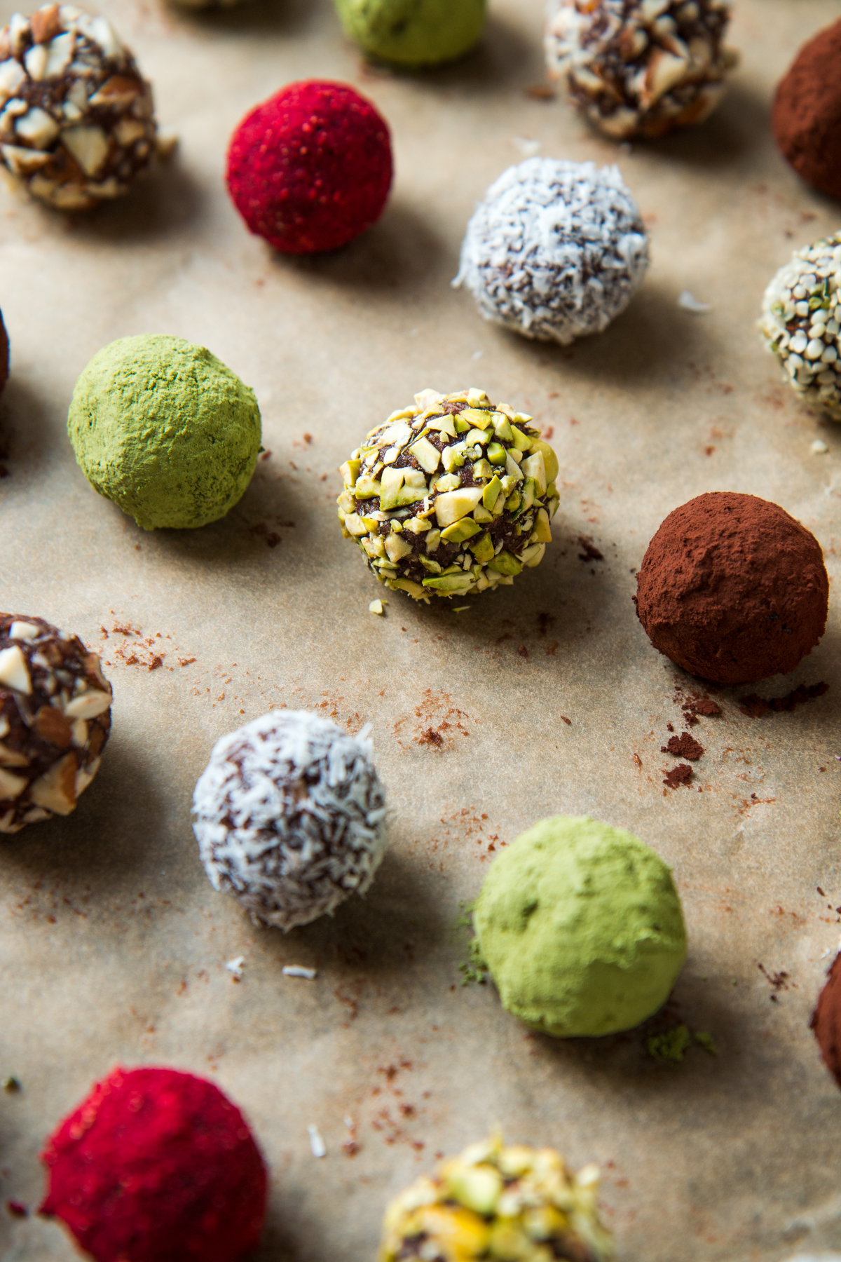 Energy-boosting Dark chocolate and matcha truffles